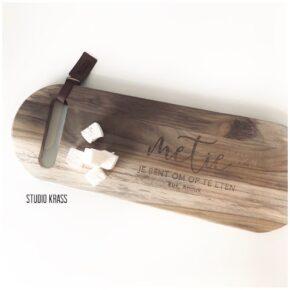 Gegraveerde houten snijplank uit teak